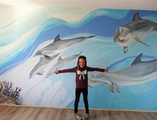 dolfijn muurschildering