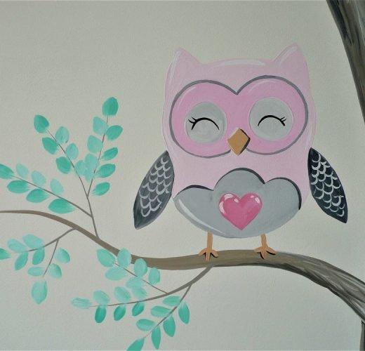 muurschildering babykamer uil
